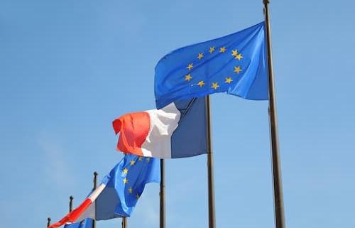 Présidence Française du Conseil des notariats de l'Union-europeenne (CNUE) - Notaire Ville-d'Avray 92410 - Office Notarial Maître Delphine MARIE-SUTTER