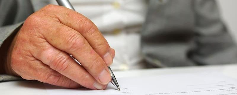 Aidez-vous d'un notaire pour faire respecter vos dernières volontés - Notaire Ville-d'Avray 92410 - Office Notarial Maître Delphine MARIE-SUTTER
