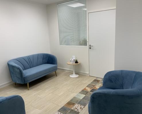 Photo du rez de chaussée - Salle d'attente - Office Notarial MARIE-SUTTER 92410 Ville-d'Avray